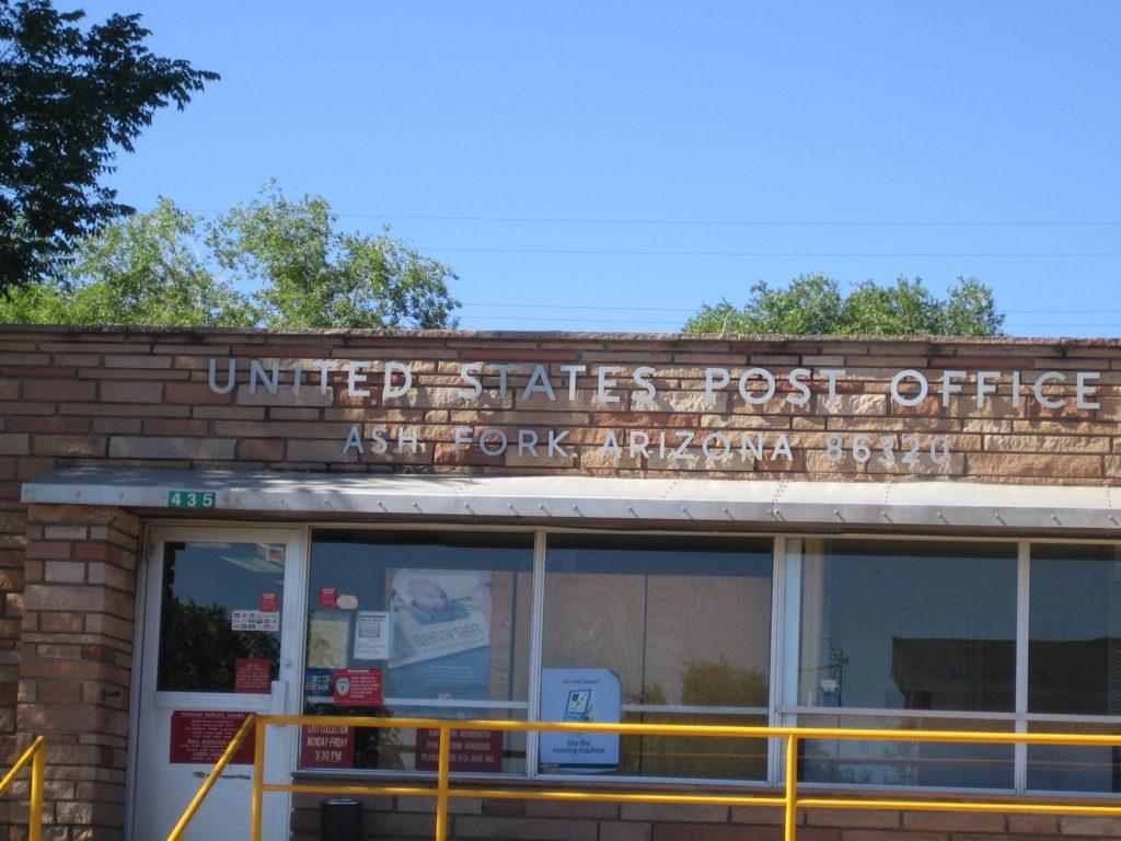 Ash Fork, AZ 86320