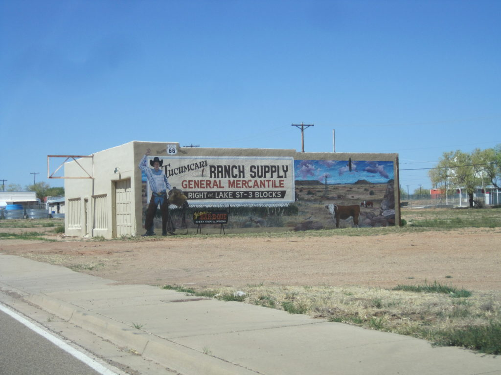 Tucumcari NM 88401 - Near the PO