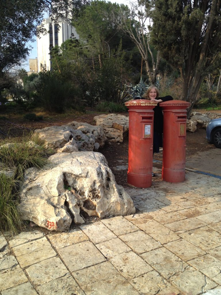 jerusalem-mailboxes-3